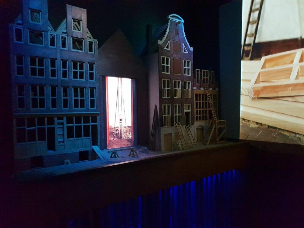 More depictions of canal houses in Museum Het Grachtenhuis Amsterdam